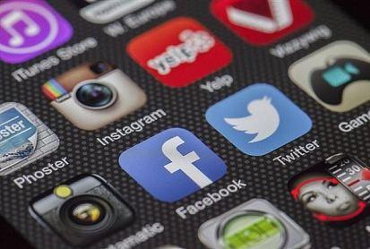 隐私泄漏又如何?美国用户对Facebook不离不弃